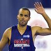 Smūgis prancūzams: Tony Parkeris veikiausiai praleis olimpines žaidynes