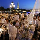 """Diner en Blanc"" – vakarienė baltai"