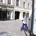Priešais Mariaus Gelažniko parduotuvę iškilo lauko tualetai