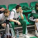 Jonas Mačiulis (centre)