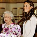Karalienė Elizabeth II ir Kembridžo hercogienė Catherin