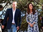 Princas Williamas su nėščia žmona Catherine ir sūnumi išvyko atostogų