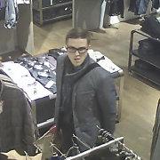 Panevėžio policija susidomėjo ilgapirščiais parduotuvėje: kas jie?