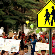 Rugsėjo 1-oji: vaikus išleisti į mokyklą Didžiojoje Britanijoje pigiau nei Lietuvoje