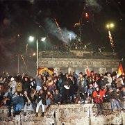 Berlyno sieną sugriovė svajonės apie laisvę ir komunistinės diktatūros nesąmonės