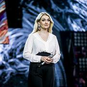 """Į """"Eurovizijos"""" atrankos sceną Rūta Ščiogolevaitė lipo skaudančiomis kojomis"""