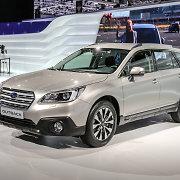 """""""Subaru"""" Ženevoje pristato penktos kartos """"Outback"""""""