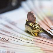 Paryžius ir Berlynas siūlo sukurti euro zonos finansų ministeriją