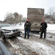 Dviejų sunkvežimių avarijoje Kaune labiausiai nukentėjo BMW