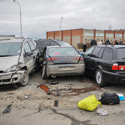 """Panevėžyje susidūrus BMW ir """"Alfa Romeo"""", į ligoninę išvežtos trys mažametės"""