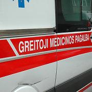 Per avariją Šakiuose sunkiai nukentėjo nepilnametis mopedo vairuotojas