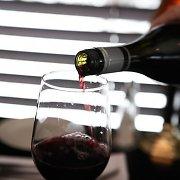 Islandijos kalinių reikalavimai: per šventes reikia ir raudonojo vyno