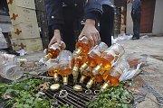 """Šiauliuose užkietėjęs vagišius iš """"Norfos"""" bandė pavogti aristokratiškų gėrimų"""