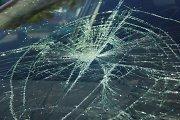 Varniuose partrenktą paauglę ir pažirusius jos daiktus vairuotojas skubiai išvežė iš avarijos vietos