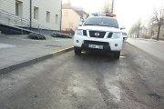 Fotopolicija: geltona Kazlų Rūdos pareigūnų parkavimo vieta