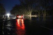 Potvynis semia Rusnės plentą