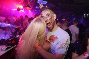 Kauno naktiniame klube – baisios kaukės ir nežabotos aistros