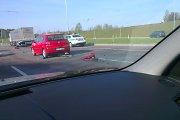 Vilniaus aplinkkelyje susidūrė trys automobiliai