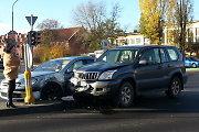 Apakinta saulės visureigio vairuotoja Klaipėdoje trenkėsi į nėščiosios automobilį