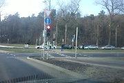 Vilniuje susidūrė vienas paskui kitą važiavę 3 automobiliai