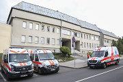 Šeštadienio naktį į ligoninę buvo išvežta 18 save susižalojusių kalinių