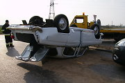 """Prie Kėdainių """"Chrysler"""" taranavo ir apvertė antikvarinį """"Volga"""" automobilį, sužalota šiaulietė"""