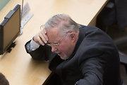 V.Landsbergiui įkirtęs Seimas komisijai liepė iš naujo galvoti, kam skirti Laisvės premiją