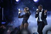 """Šiąnakt Los Andžele bus dalijami prestižiškiausi muzikos apdovanojimai """"Grammy"""""""