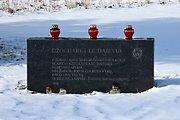 Vilniuje išniekintas paminklas pirmajam Čečėnijos prezidentui Džocharui Dudajevui