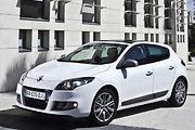 """Spalį Lietuvoje parduota 90 naujų """"Renault"""" grupės automobilių"""