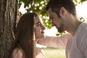 Kokius signalus siunčia vyrai ir moterys vienas kitam, išreikšdami susižavėjimą
