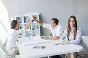 Jaunimo nedarbą mažintų ir patrauklūs darbo santykiai