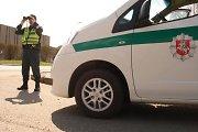 Uostamiestyje penkiametį partrenkęs pusamžis BMW vairuotojas bandė pasprukti