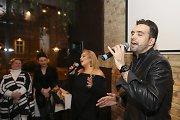 Ištvanas Kvikas ir Ellada draugams surengė eurovizinės dainos klipo pristatymo vakarėlį