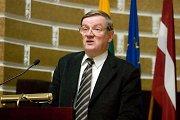 Latviai svarsto didinti pensijas 1991 m. barikadų gynėjams