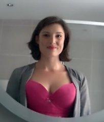 Slapta kamera parodė, kaip dažnai žmonės <b>spokso į nepažįstamų moterų krūtis</b>