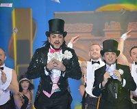 Vienas iš Filipo Kirkorovo (kairėje) vaidmenų programoje – magas
