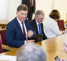 Valdantieji kapituliuoja: paliks senąjį Darbo kodeksą, o dėl naujojo spręs rudenį išrinktas Seimas