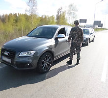 """Kalvarijos pasieniečiai sulaikė Vokietijoje vogtą dar dažais kvepiantį """"Audi Q5"""""""