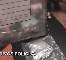 Klaipėdoje heroinu prekiavusioms šešioms romėms gresia įkalinimas
