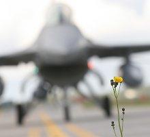 Ispanų oro policijos misija atsisveikina: 450 skrydžių, kad ramiai miegotume