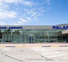 Palangos oro uostas įpykdė: kelionė iš automobilių aikštelės užtruko valandą