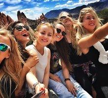 """Asta Žukaitė su bičiulėmis mergvakarį sesei surengė Amerikoje: """"Suplanavome svajonių kelionę"""""""