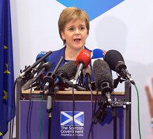 """Nicola Sturgeon: Škotijai po """"Brexit"""" nebus lengvo kelio"""