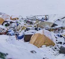 Paslaptingos mirtys ant Everesto: per pastarąsias dienas mirė jau trečias žmogus