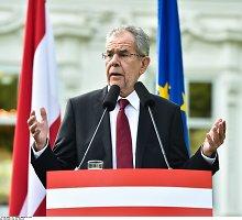 Naujasis Austrijos lyderis – carinės Rusijos didiko ir jį pamilusios estės sūnus