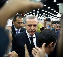 Referendumų virusas: apie balsavimą prabilo ir Turkijos prezidentas