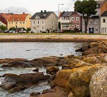 Visureigiu aplink Baltijos jūrą (1). Kavinė Švedijos kapinėse ir pelės bažnyčioje