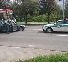 Troleibuso avarija Žirmūnų gatvėje