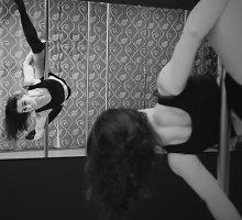 """""""Pole dance"""" trenerė Neringa: """"Nereikia painioti šokio su striptizu"""""""